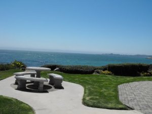 I used to live here. On East Cliff in Santa Cruz CA, on the Monterrey Bay.